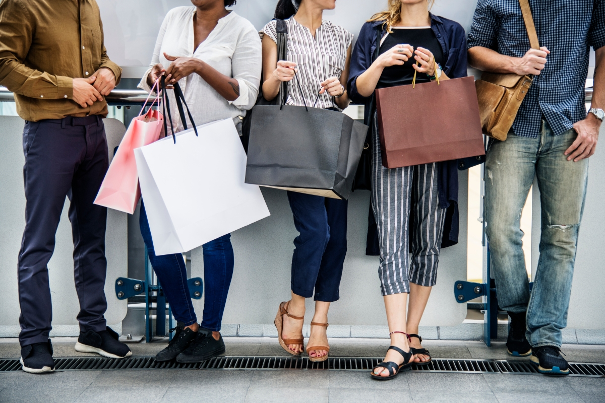 8e5380ccd From Seasonal to Loyal: 5 Tips for Converting Holiday Shoppers into  Year-Round Customers – Retail Blog